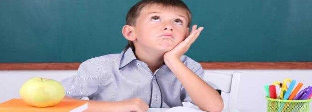 Çocuklarda Dikkat Eksikliği Belirtileri Nelerdir ve Çocuğa Nasıl Davranılmalıdır ?